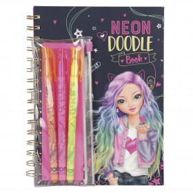 Barbie Busto Deluxe de...