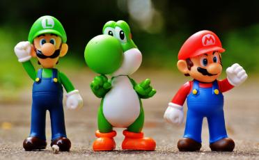 Mini muñecas y mini mascotas